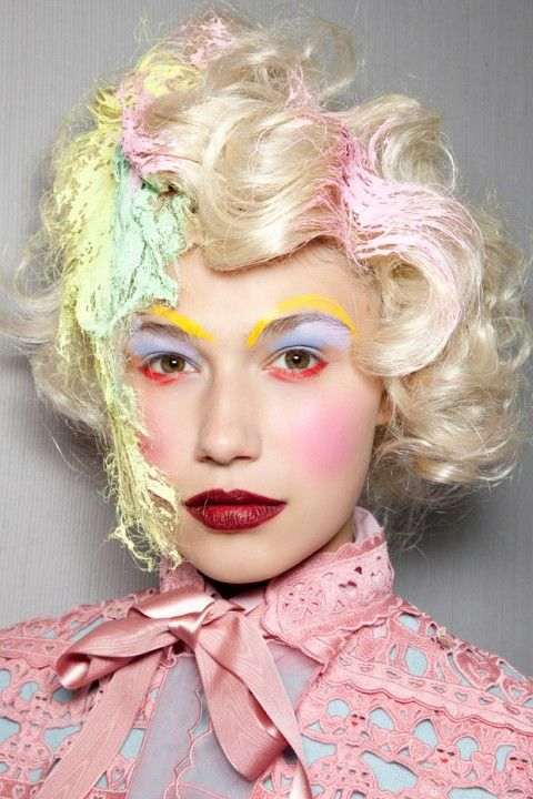 If the mad hatter was female, mead ham kirchoff, pastels, primary colors, make up, alice in wonderland, pink
