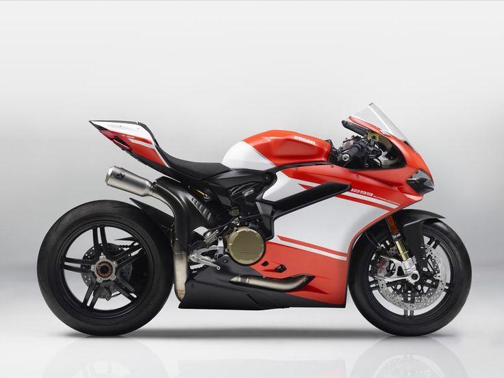 Ducati 1299 Superleggera: too light and too great an engine capacity to race in World Superbike.