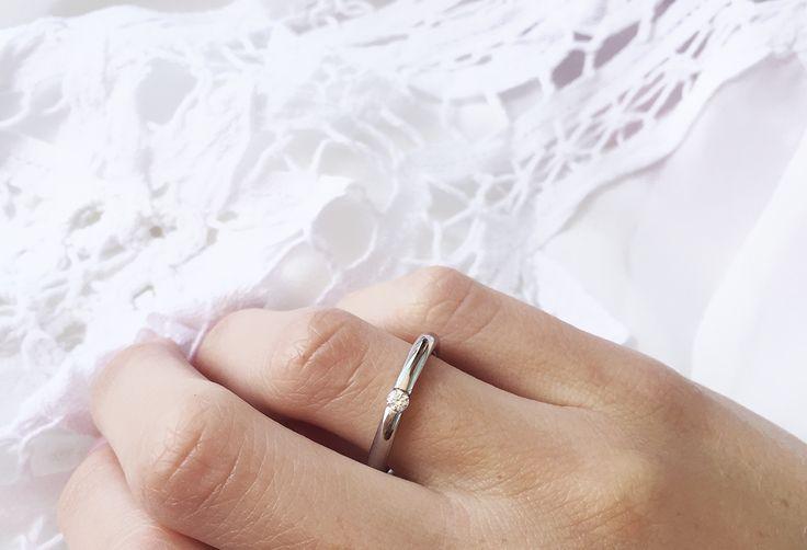 Alianzas para novia. Oro blanco y brillantes. Blog Marina García Joyas