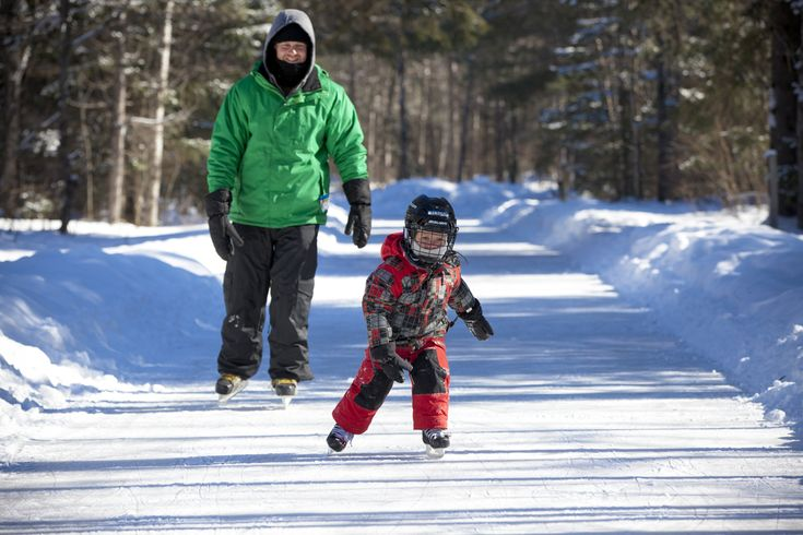 One of the coolest attractions around, come strap up your laces and skate through Arrowhead Provincial Park along 1.5km ice trail. http://explorersedge.ca/the-ice-trail-at-arrowhead-provincial-park/ #winter #skate