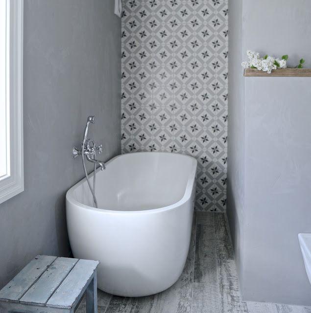 Mias Interior / New Room Interior /  Vives Azulejos y Gres / Calvet Gris / Hydraulic tiles / bathroom