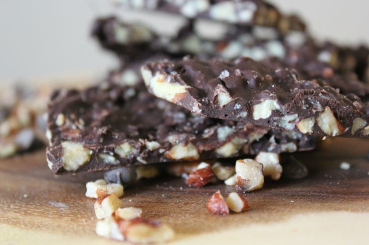Salted Dark Chocolate Pecan Bark (THM-S, Low Carb, Sugar Free)
