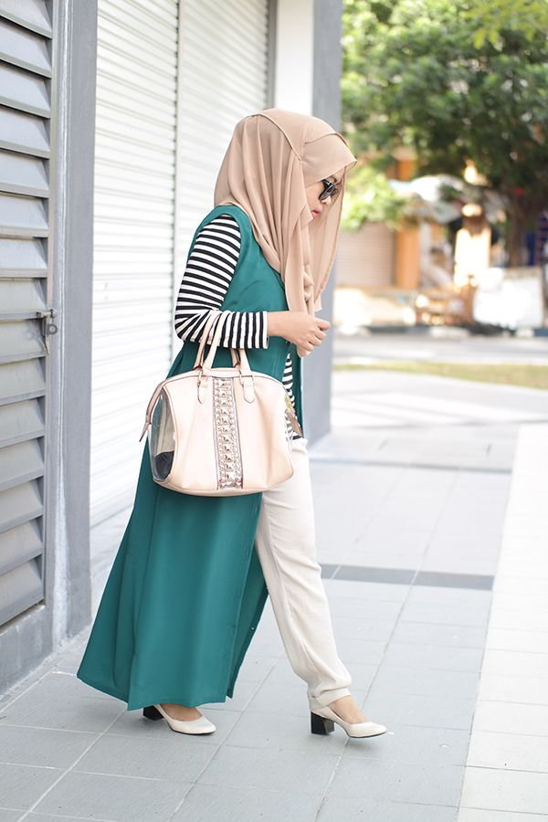 hijab-wearitright: Shea Rasol