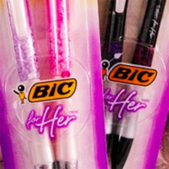 Hilarious 'bic for her' reviews on Amazon, saved at knowyourmeme