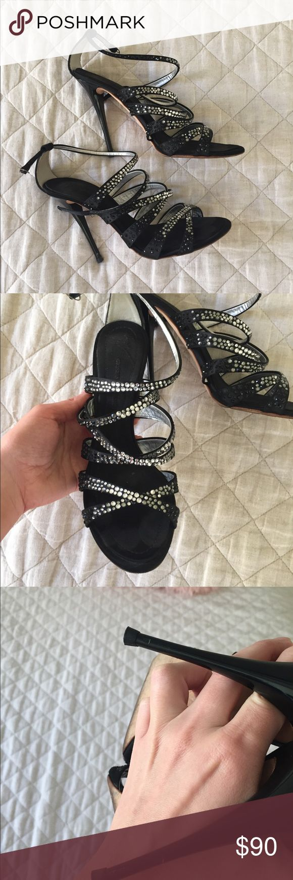 Giuseppe Zanotti Gorgeous GZ shoes with Swarovski crystals. 4 inch heel and no platform. Giuseppe Zanotti Shoes Sandals