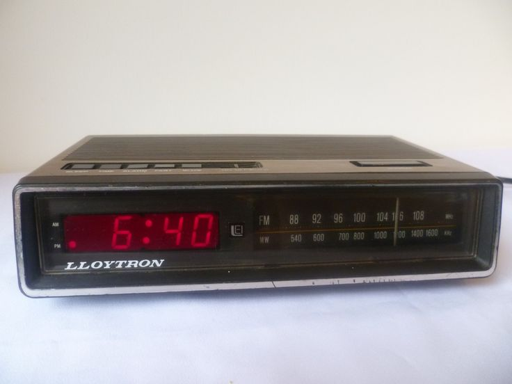 radio alarm clock lloytron made in hong kong 1970 etsy favorites pinterest radio alarm clock. Black Bedroom Furniture Sets. Home Design Ideas