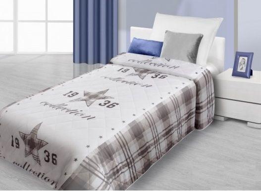Prehoz na posteľ bielo hnedej farby so vzorom hviezdy