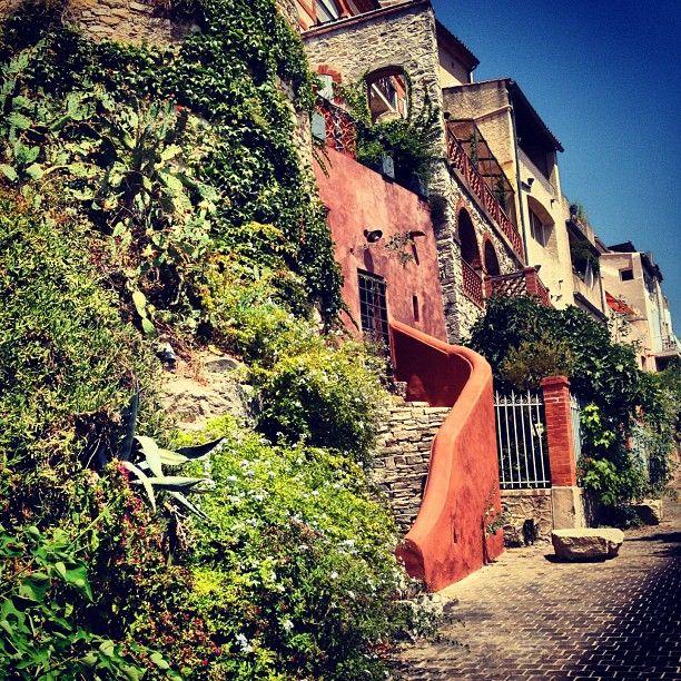 Le Castellet Beautiful Places France Places Ive Been