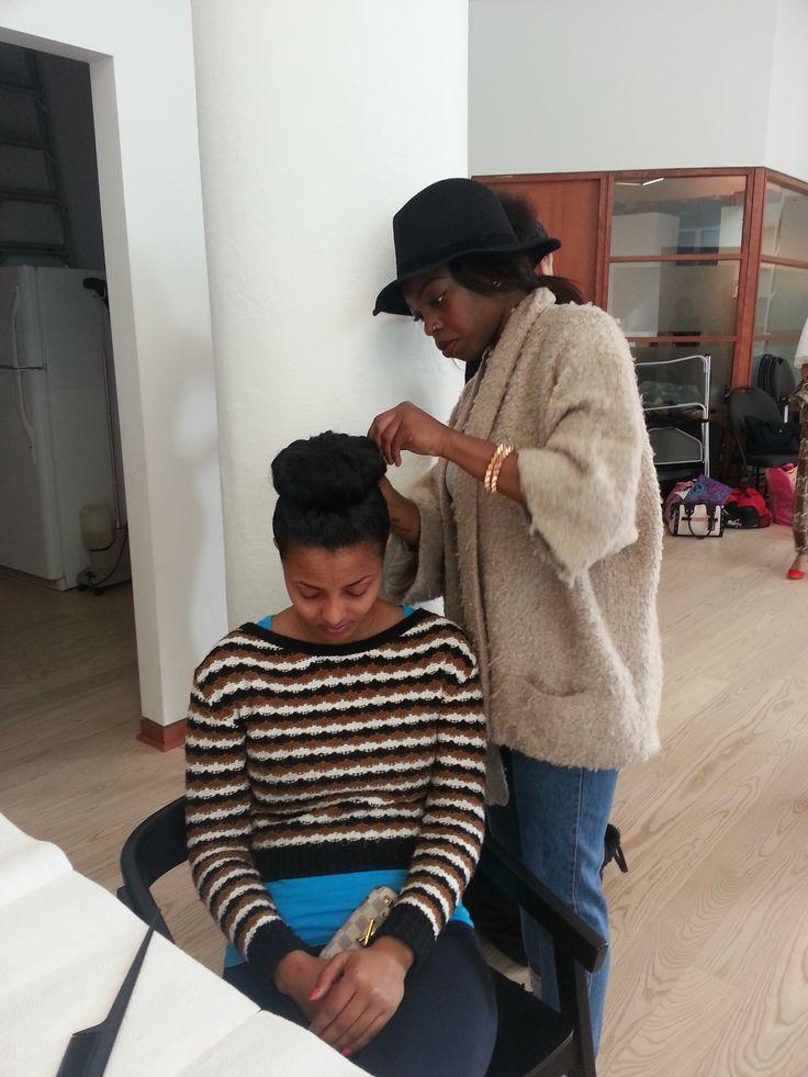 BTS: Krystal hard at work ! ; hairdressing