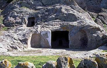 Villaperuccio,necropoli di Montessu