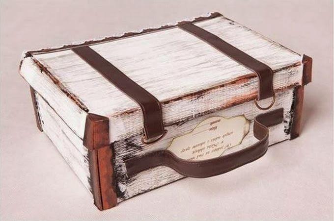 Van een schoendoos een prachtige reiskoffer maken. Leuk om souvenirs in te bewaren. #leukidee