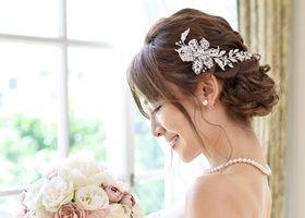 ヘッドドレスはもう決めた?♡花嫁をとびっきり美しくするヘッドドレス特集✳︎10選ご紹介!