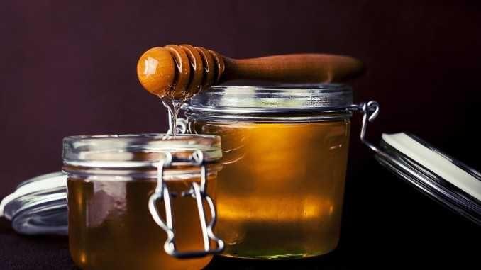 Pomáhá med se skořicí skutečně s hubnutím?