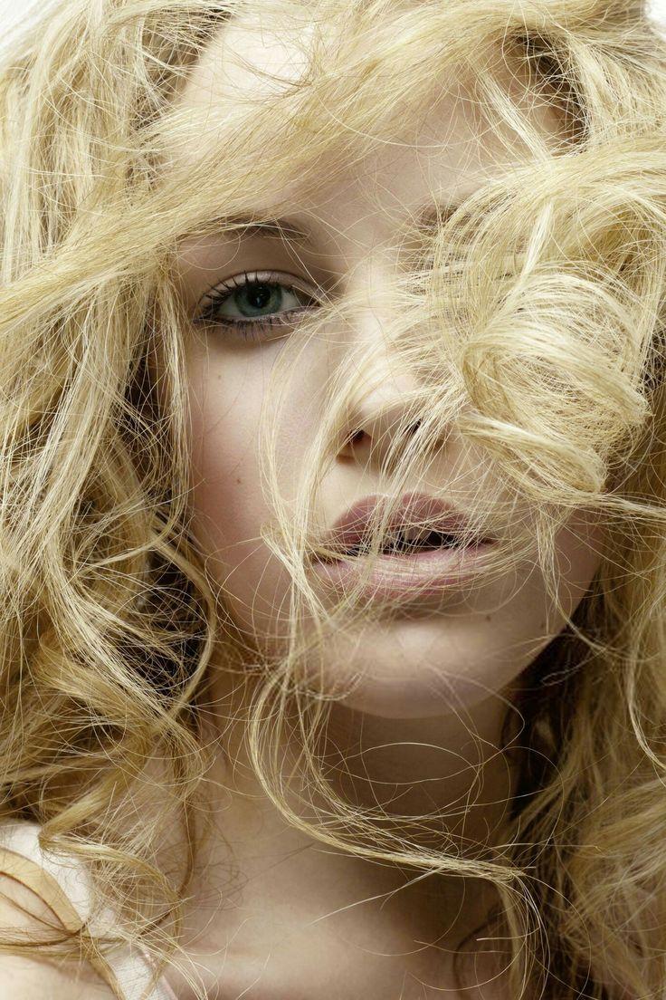 best лав images on Pinterest  Riley keough Elvis presley and