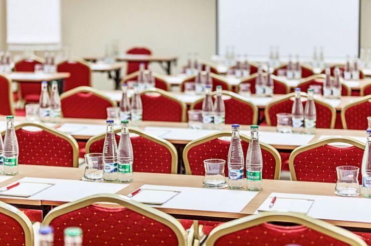 Pytloun City Boutique Hotel**** nabízí konferenční prostory pro Vaše firemni či obchodní schůze, školení, ale i večírky či oslavy. #pytloun #liberec #conference #cityboutique #hotel #business #businessmeeting #meeting