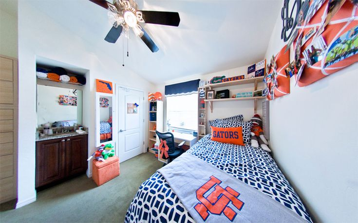 ☼☾ @dormsforgators 9 Dorm Decorating Tips for your University of Florida Dorm: The dorms can be pretty stark. Choose a bright bedding pattern, rug or colorful pillows to add a pop of color to the white dorm room walls. @dormsforgators
