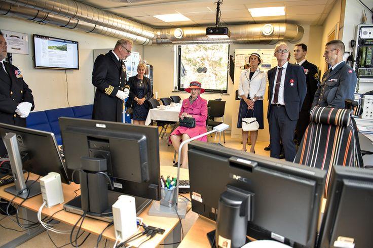 Sommertogt i Langeland Kommune   Dagens sidste besøg var på Marineudkigsstation Føllesbjerg, som indgik i Danmarks koldkrigsberedskab og i dag stadig er en del af Søværnets overvågning.