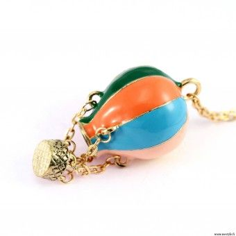 How cute a necklace is this? =)