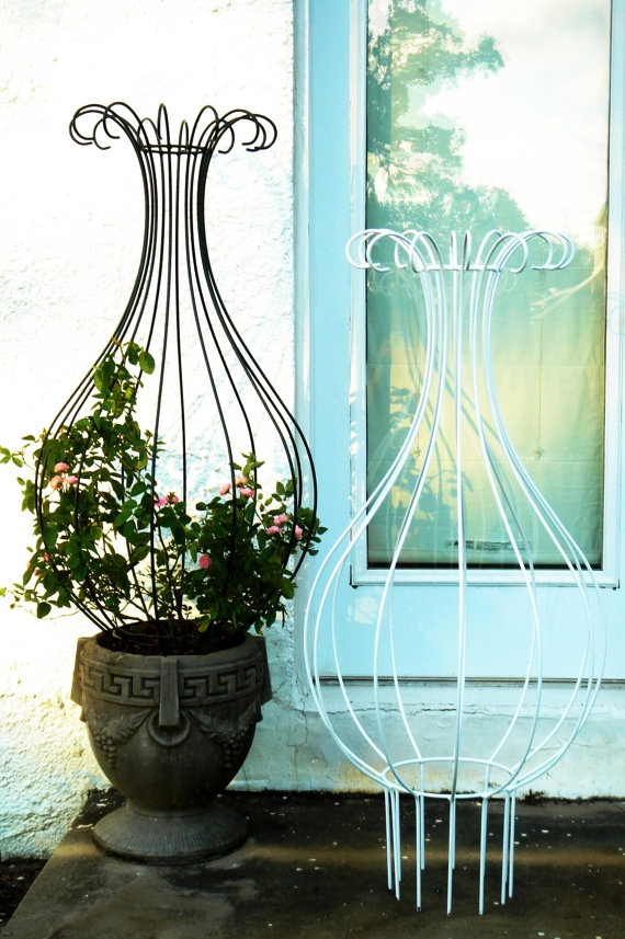 New Orleans Hurricane Wrought Iron Trellis Topiary by Theironsmith