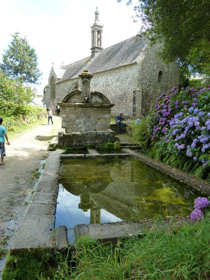 Locronan (Finistère) - lavoir - http://www.lavoirs.org/images/29/29180_LOCRONAN_1_20120819_121332.jpg