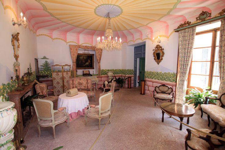 Fit for a Lady | Florentine drawings room, La  Granja  Esporles - Mallorca