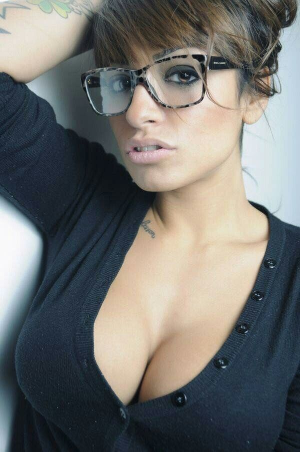 erotic women wearing glasses
