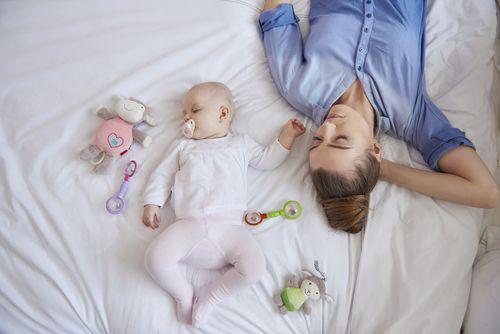 Síndrome de la Muerte Súbita del Lactante y el colecho con el bebé