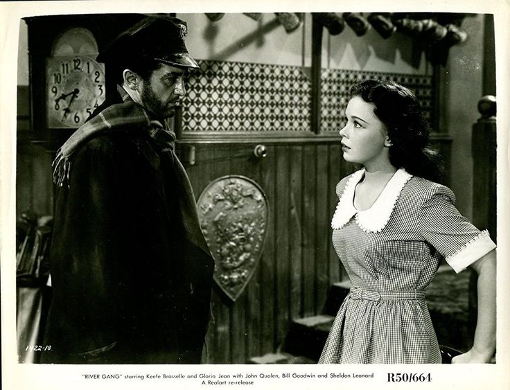 Gloria Jean and Sheldon Leonard in River Gang (1945)