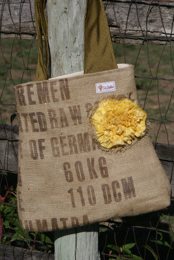 craft ideas for burlap best 20 burlap purse ideas on coffee sacks 3820