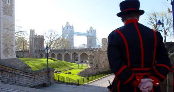 Desítka zajímavých informací o Londýně. Velká londýnská pivní potopa, drogy v #Harrods a další...  http://jentop10.cz/deset-zajimavosti-o-londyne-ktere-by-jste-meli-vedet/