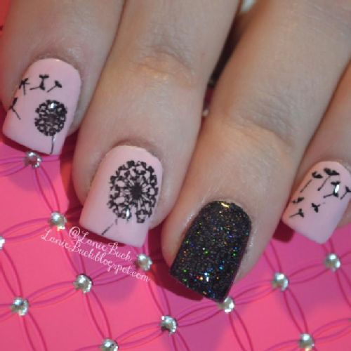I needed a break from all the Halloween nails so I did MoYou London Dandelion Nails, you can see my tutorial and all I used on my blog at http://laniebuck.blogspot.com/2013/10/diy-beauty-moyou-london-dandelion-nails.html