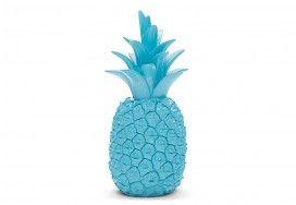 Cute, little pineapple for a more Hawaiian feel
