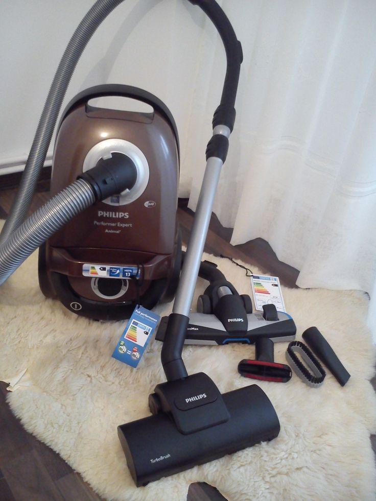 aspiratorul cu sac PHILIPS PerformerPro Expert FC8726/09, m-a ajutat la curatenia pentru sarbatorile ce se apropie, un ajutor de nadejde, eficient, economic silentios