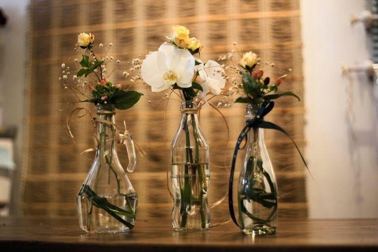 Arranjos com garrafas e potes de vidro custam pouco e deixam a casa linda - Casa e Decoração - UOL Mulher
