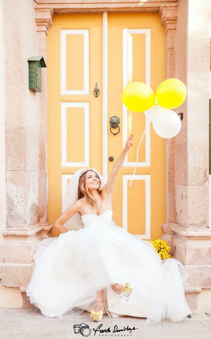 Ayvalık, balonlar ve güzel bir gelin..