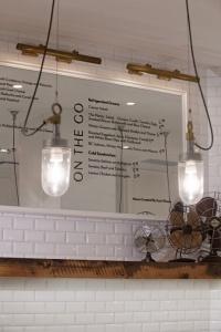 Café Plenty lighting (Toronto); Photography: David Whittaker, Toronto