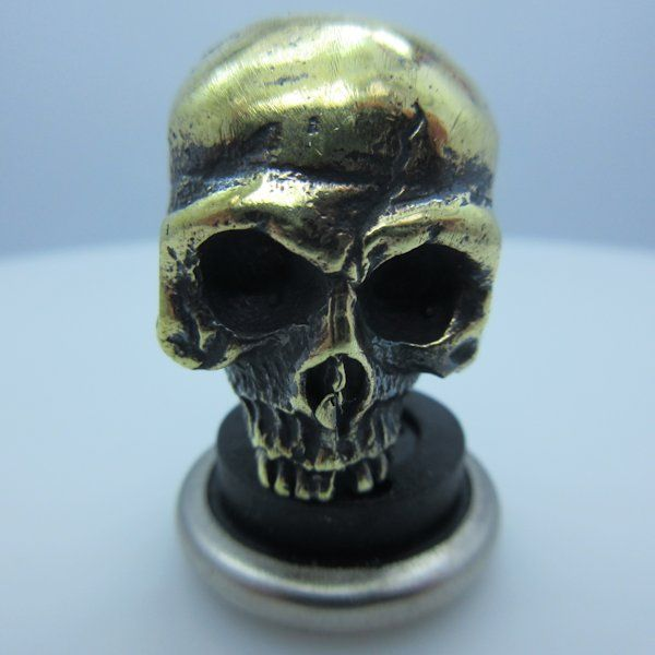 Ancient Skull Paracord Bead in Brass by Lion ARMory