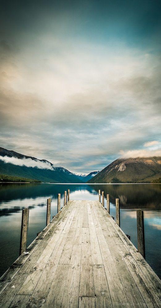 Lake Rotoiti, Nelson Lakes, South Island, New Zealand