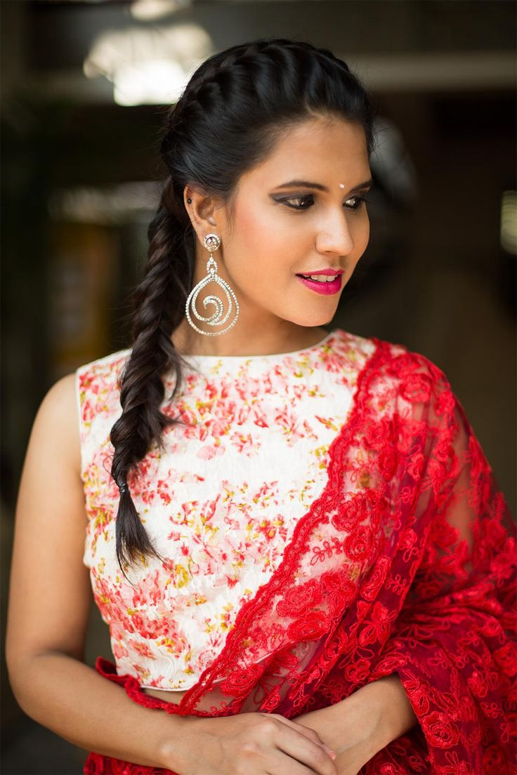 House Of Blouse White and red criss cross floral lace Saree Blouse