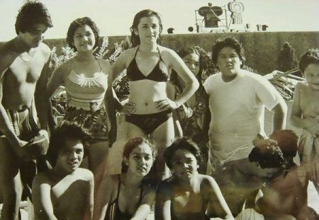 Kaluskos Musmos was a popular kid-oriented comedy show in the 80's which saw the beginning of Maricel Soriano's showbiz career. Produced by Imee Marcos and directed by Johnny Manahan, this show is the progenitor of Batibot, Ang TV, and even today's Goin' Bulilit.