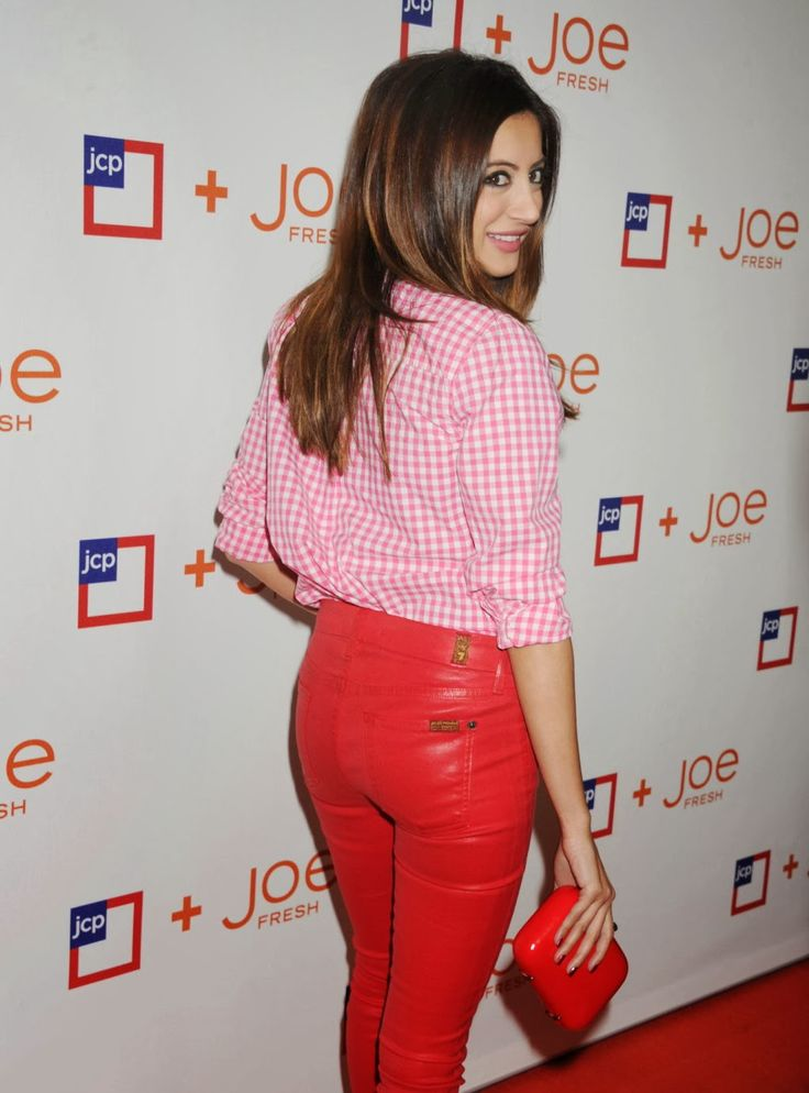 Those RED Leather pants on Noureen DeWulf