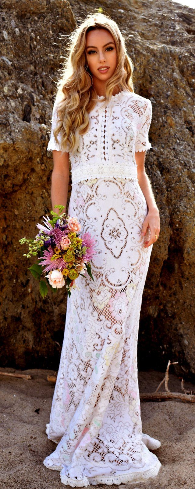 Vintage multicolor lace short sleeve scallop boho wedding dress gown