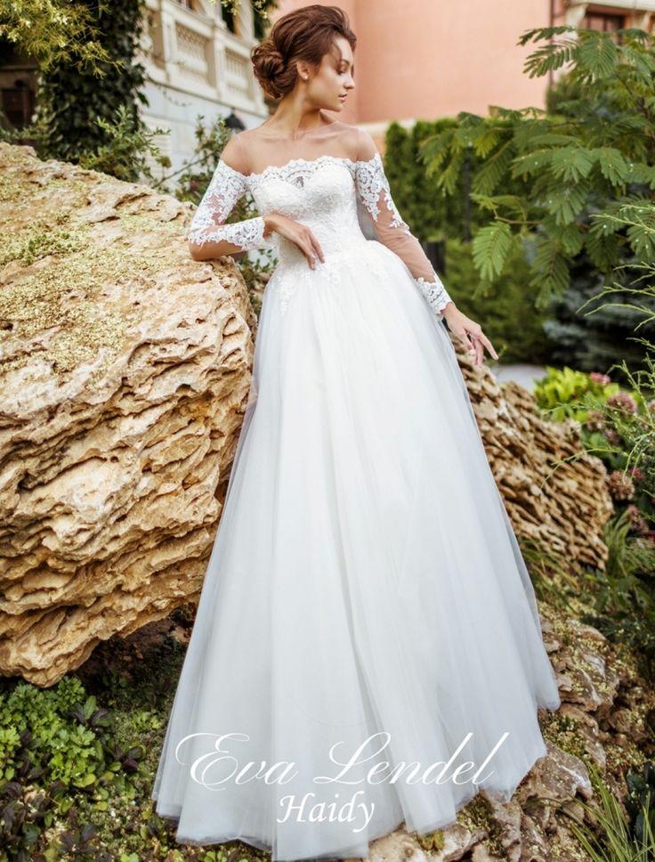 Rochie de mireasa cu manecile de dantela fina si fusta din tul matasos  Culori disponibile - ivory/ivory