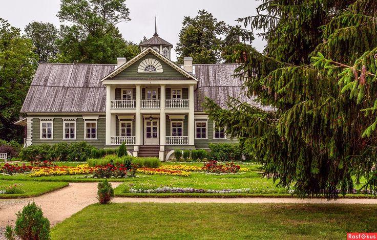Усадьба Петровское / Petrovskoe Estate