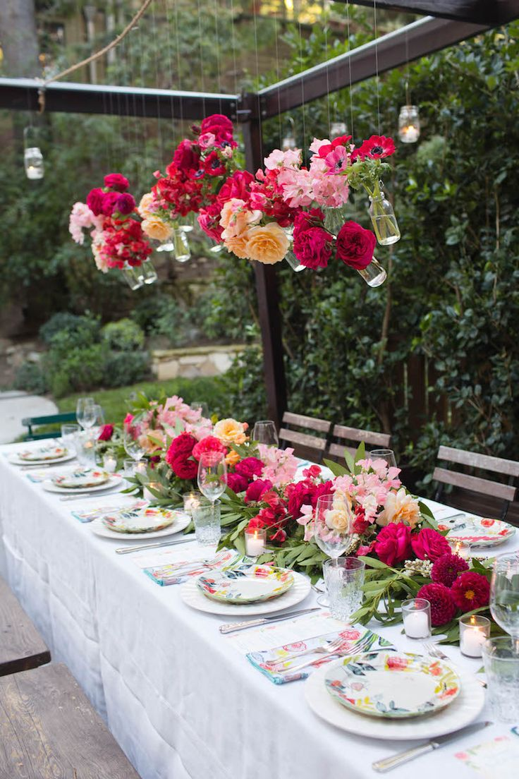 bridal shower themes for spring%0A Autumn Entertaining  A Romantic Southern Bridal Shower with Annie Campbell   The Decor