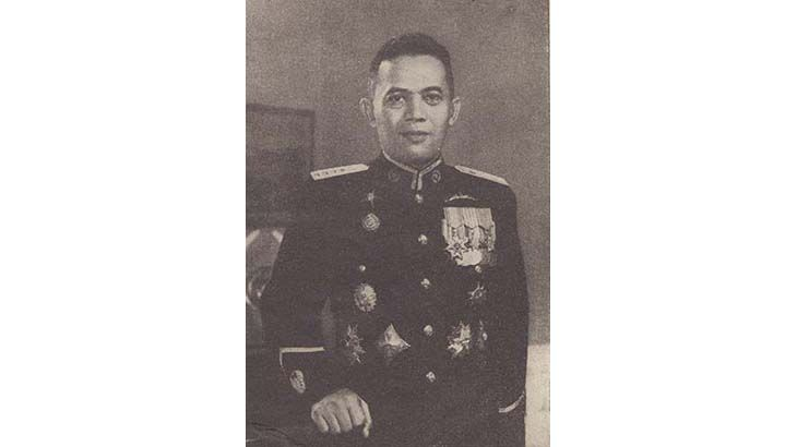 Jenderal Besar TNI (Purn) Dr. Abdul Haris Nasution atau yang biasa disapa Pak Nas ini lahir di Huta Pungkut, Kotanopan, Mandailing Natal, Sumatera Utara pada tanggal 3 Desember 1918. Ayahnya bernama H. Abdul Halim Nasution dan ibunya bernama Hj. Zahara Lubis. Orangtua Pak Nas berprofesi sebagai petani dan pedagang. Pak Nas dibesarkan dalam keluarga yang …