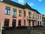 Slothotel Igesz Schagen  Description: Slothotel Igesz ligt in het hart van Schagen. Het kleinschalige hotel biedt gastenkamers diverse vergaderzalen een prachtige binnentuin en een eigen Slot. De perfecte combinatie van vergaderen trouwen eten feesten en slapen. Het hotel beschikt niet over een 24-uurs receptie. De receptie is aanwezig tot 21:00 daarna kunnen de gasten inchecken aan de bar tot 00:00.  Price: 82.50  Meer informatie  #hotels