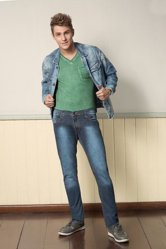 M2A Jeans | Fall Winter 2014 | Teen Collection | Outono Inverno 2014 | Coleção Juvenil | peças | calça jeans masculina; jaqueta jeans masculina; camiseta verde masculina; jeans; denim.