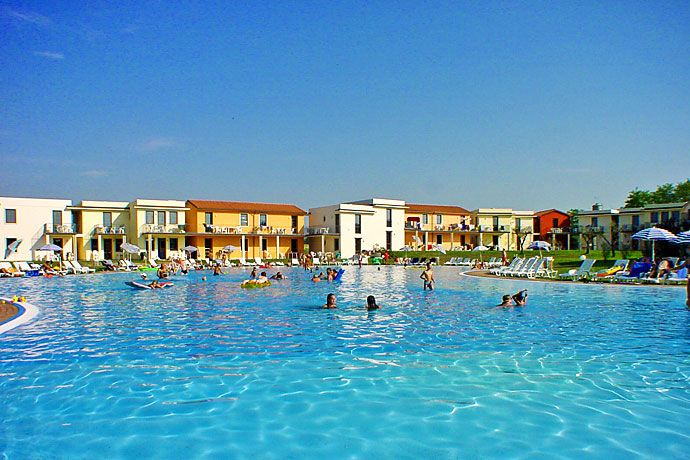 elcome to Apartments Garsparina Village Castelnuovo del Garda. Toplocatie voor de kids!