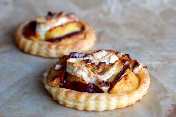 Une recette inratable de Tartes fines au magret fumé, pommes et chèvre Thermomix sur Yummix • Le blog culinaire dédié au Thermomix !